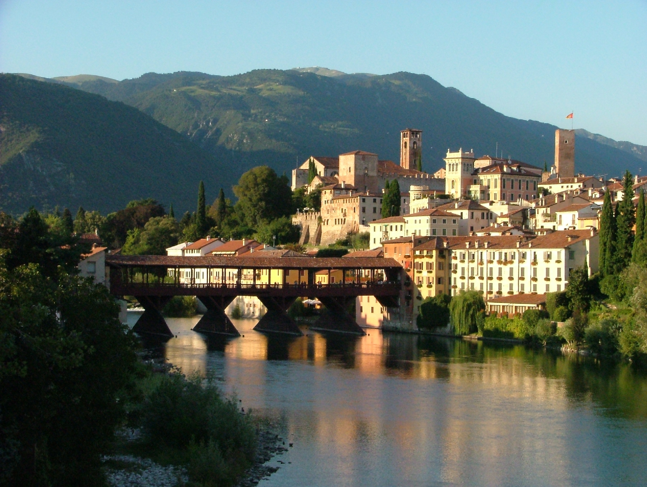 Il Ponte Just Eat The Bassano Bridge And The Alpine Corps Ristoranti Del Buon Ricordo