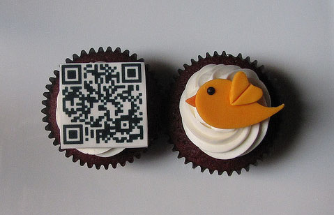 The edible QR code on this cupcake leads to the webpage of Concern Worldwide.