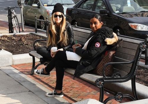 Selin and Morgan, both juniors in COM, caught up stylishly in the afternoon sun. Photo by Sharon Weissburg.