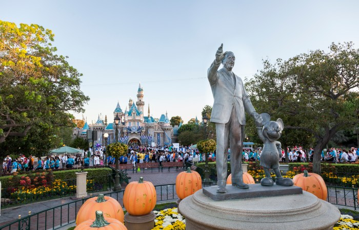 Support the Health of So Cal's Kids and Register for the CHOC Walk in the Park at the Disneyland Resort