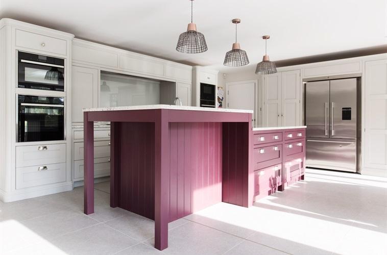 Bespoke Kitchens Bedrooms Bathrooms Furniture Burlanes