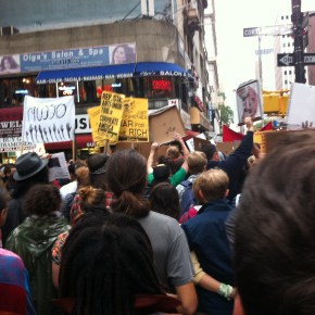 #occupywallstreet takes to the Brooklyn Bridge
