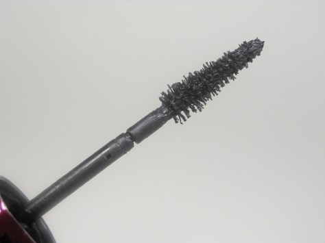 L'Oreal Miss Manga Brush
