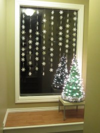 Snowflake Window Garlands | Busted Button