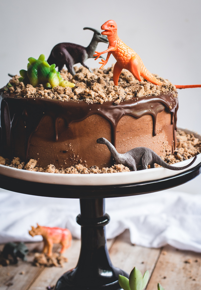 Chocolate Chips Ahoy Dinosaur Cake - Butterlust