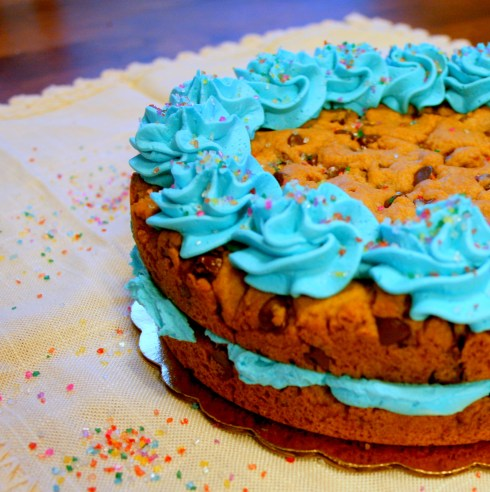 Kicked Up Cookie Cake | Butterlust Blog