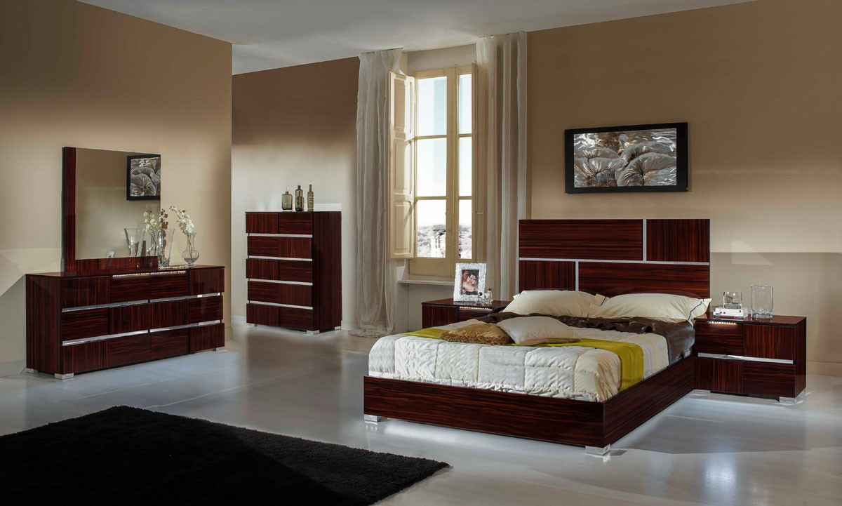 Italian Furniture Bedroom Modrest Picasso Italian Modern Ebony Lacquer Bed