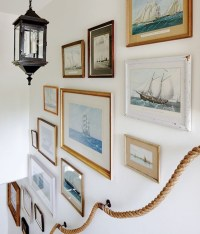 40 Unique Stair Wall Decoration Ideas - Buzz 2018