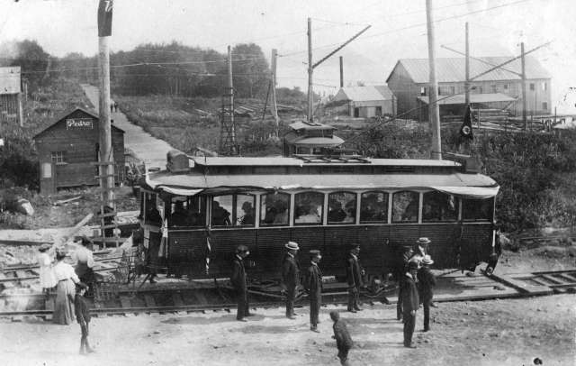 A streetcar in North Vancouver sets out for its first ride, 1906