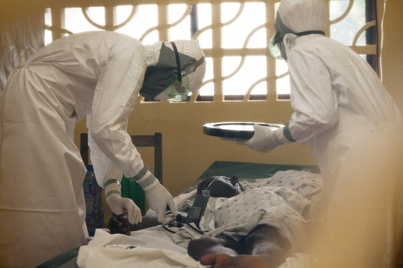 US doctor battling Ebola in Liberia is praying to God to help him