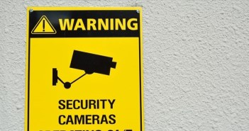 securitycamera_eye_r