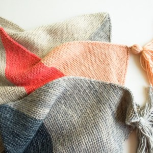 Strikkede tepper og pledd – strikkeglede