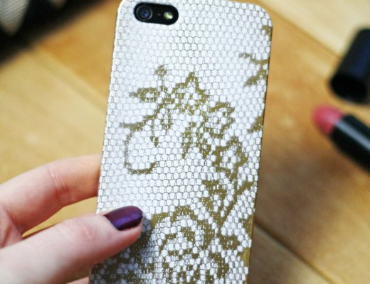 DIY - Lace phone case