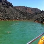Eau chaude et bouillon gazeux sur l'îlot de Palia Kameni.
