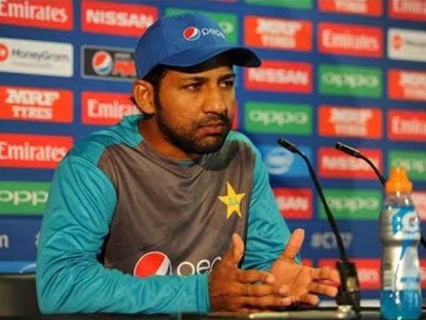 پاکستان ٹیم نے دونوں میچز میں کم بیک کیا مگر جیت مقدر نہ بن سکی، کپتان قومی کرکٹ ٹیم . فوٹو : فائل
