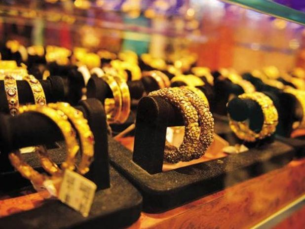 فی تولہ چاندی کی قیمت بغیرکسی تبدیلی کے840 اور دس گرام چاندی کی قیمت720 روپے پر مستحکم؛ فوٹوفائل
