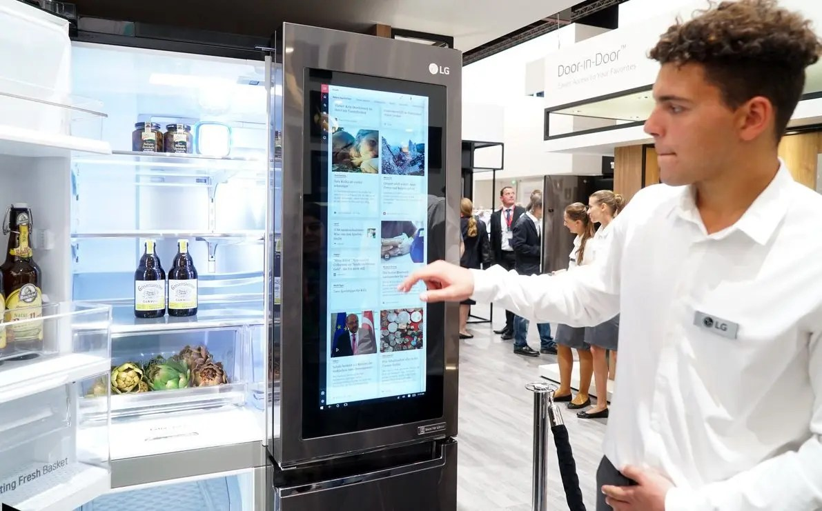 Smart Kühlschrank Lg Smart Instaview Kühlschrank Mit Windows 10 Im Hands On Video