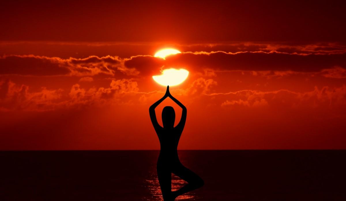 New China Girl Wallpaper Free Images Meditation Yoga Zen Chan Relaxing Pose