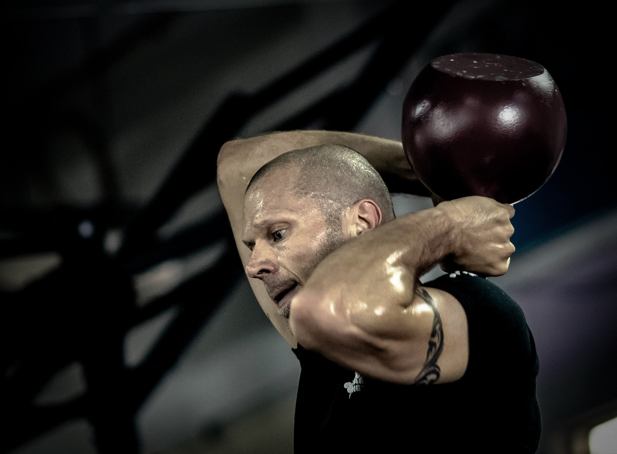 Kettlebell Bodybuilding Free Images Man Exercise Healthy Fitness Gym Instructor
