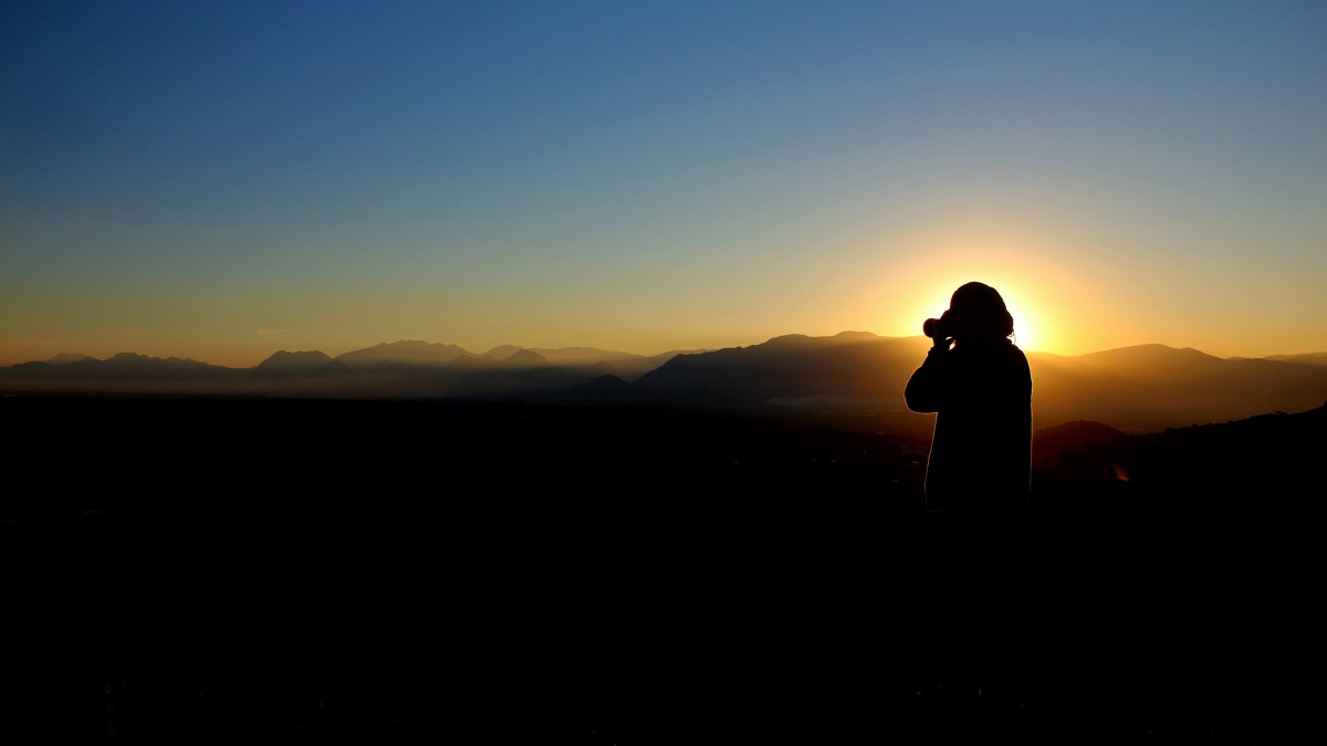 Sad Girl Sitting Alone Hd Wallpapers Free Images Man Landscape Sea Horizon Silhouette