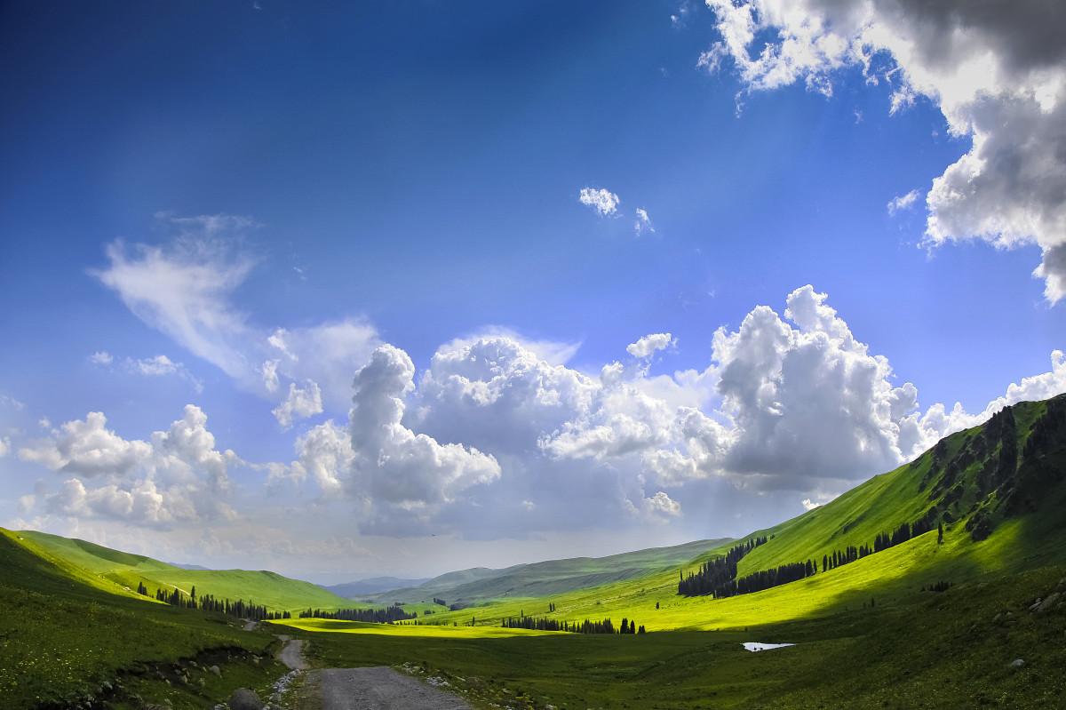 3d Earth Wallpaper Hd 無料画像 風景 自然 地平線 フィールド 草原 太陽光 丘 山脈 反射 プレーン 青空