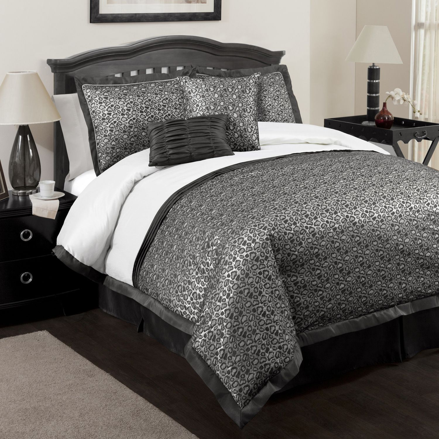 Black And Silver Bed May 2013 Queen And King Size Bedroom Sets
