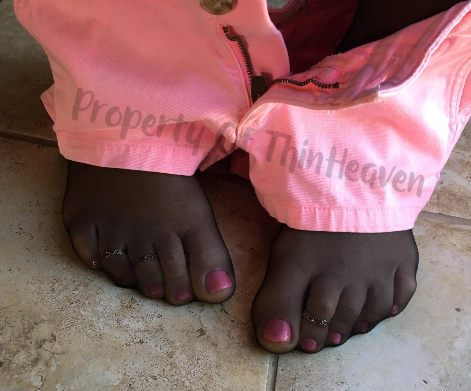 Wallpaper Black Barefoot Pantyhose Stockings Pink