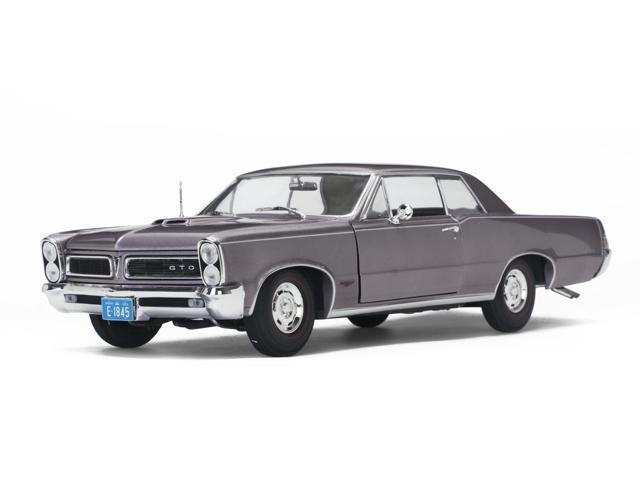 1965 Pontiac Gto Iris Mist 1 18 Diecast Model Car By