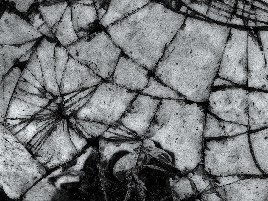 Black And White Wallpaper Hd Broken Mirror 2006 John Perivolaris Flickr