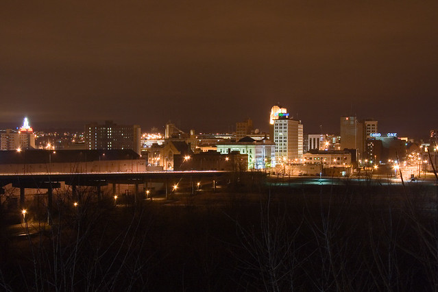Dark 3d Wallpaper Downtown Youngstown Skyline At Night It S Hard To Get A
