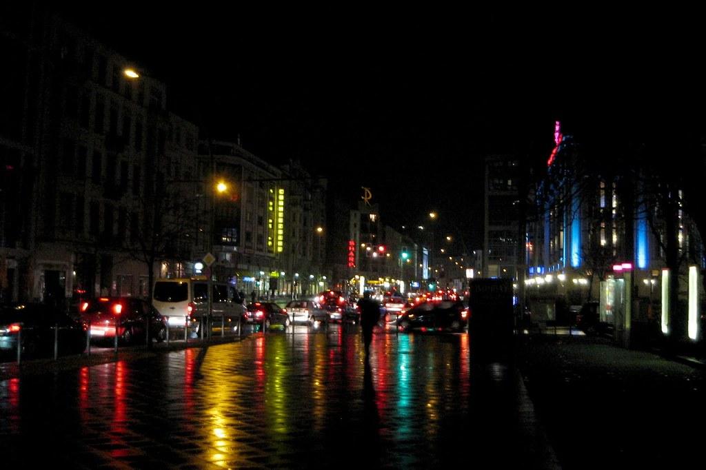 3d Woman Wallpaper Berlin Night Street In Rain Till Westermayer Flickr