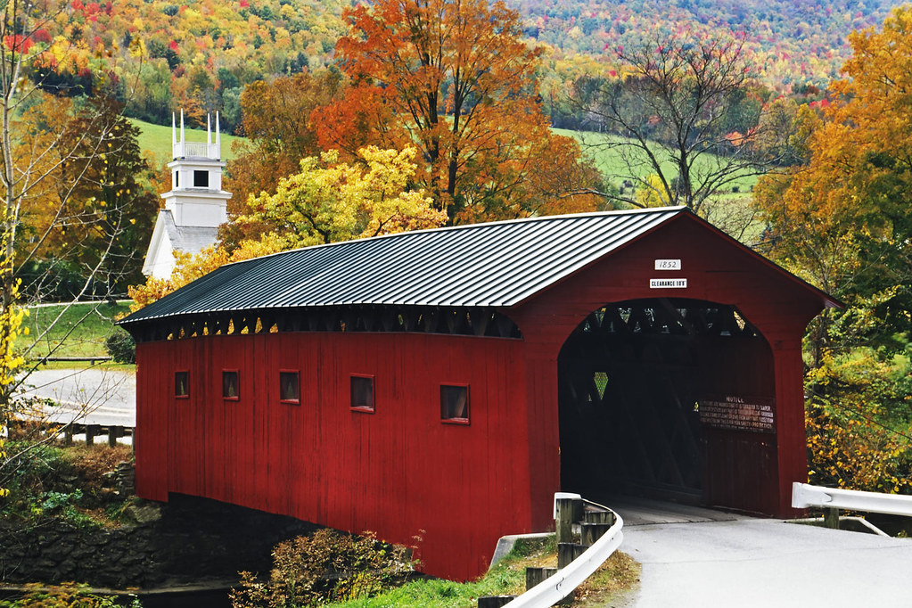 Maine Fall Foliage Wallpaper Covered Bridges West Arlington Covered Bridge Spans The