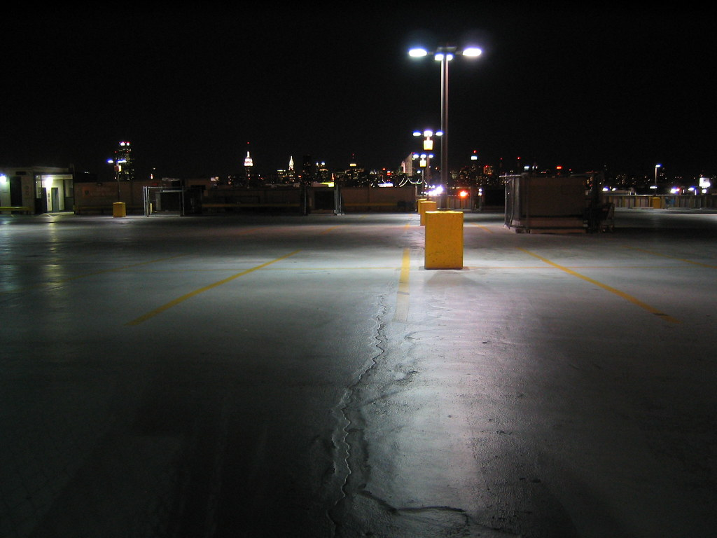 3d Wallpaper City Lights Parking Lot Parking Lot In Woodside Queens New York
