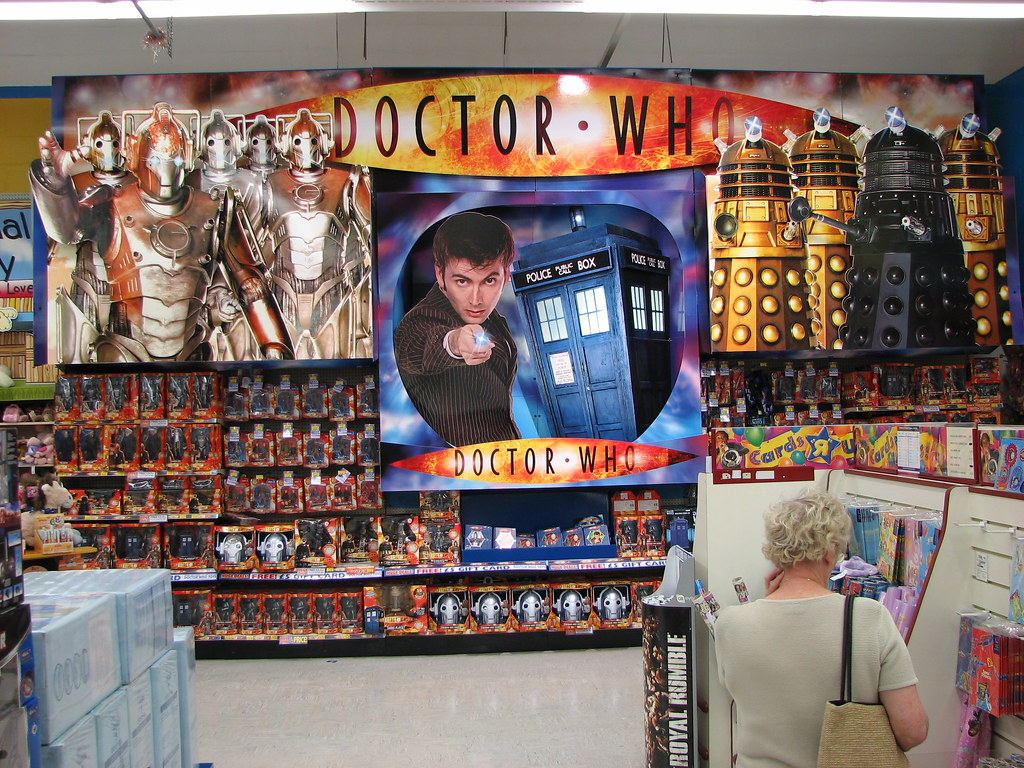 Badewannenspielzeug Toys R Us Doctor Who Toy Wall Toys R Us Medway Uk Ian Muttoo