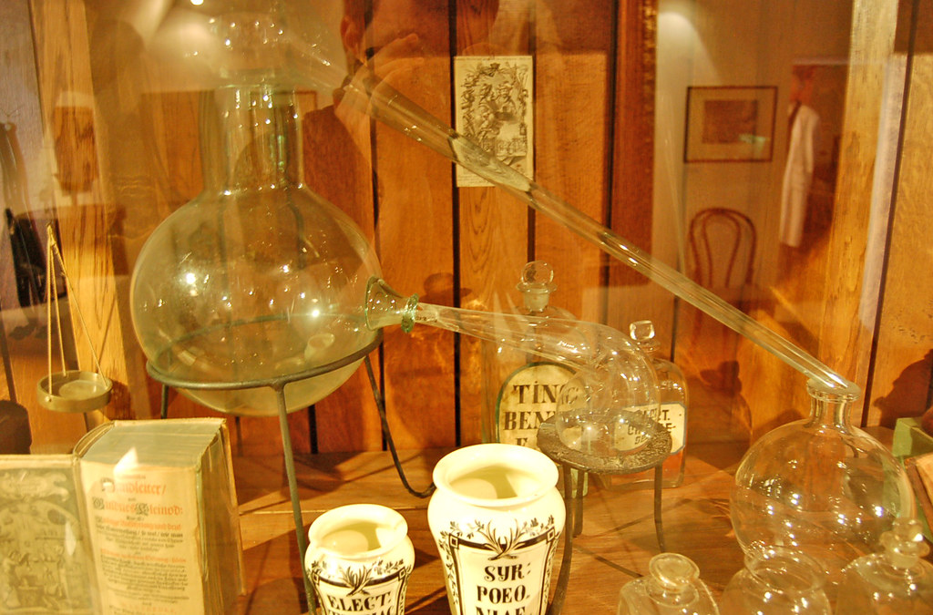 Glass Ware Glass Alchemy Equipment | Curious Expeditions | Flickr
