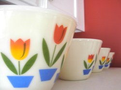 Endearing Fire King Tulip Bowls By Myjewelthief Fire King Tulip Bowls Missy Flickr Fire King Dishes Green Fire King Dishes Blue