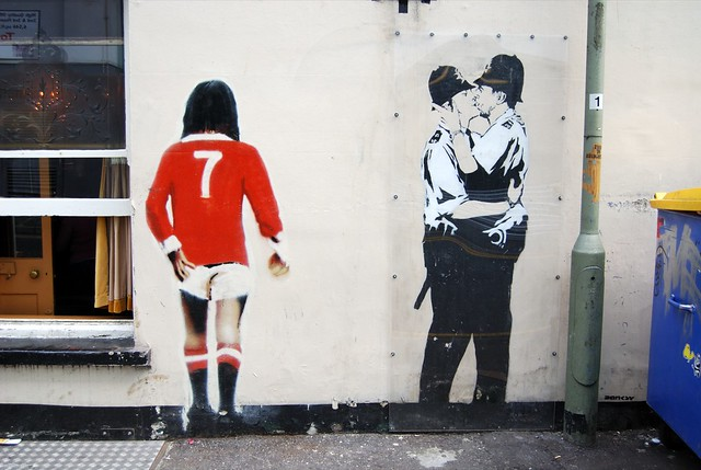 Real Girl Wallpaper George Best Amp Kissing Coppers By Banksy In Brighton Flickr