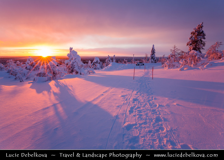 Best Wallpaper In The World In 3d Finland Lapland Frozen North Of Arctic Circle During A