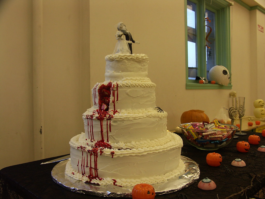 fake wedding cakes The most beautiful Wedding cake ever Fake d day 69 3 19 08