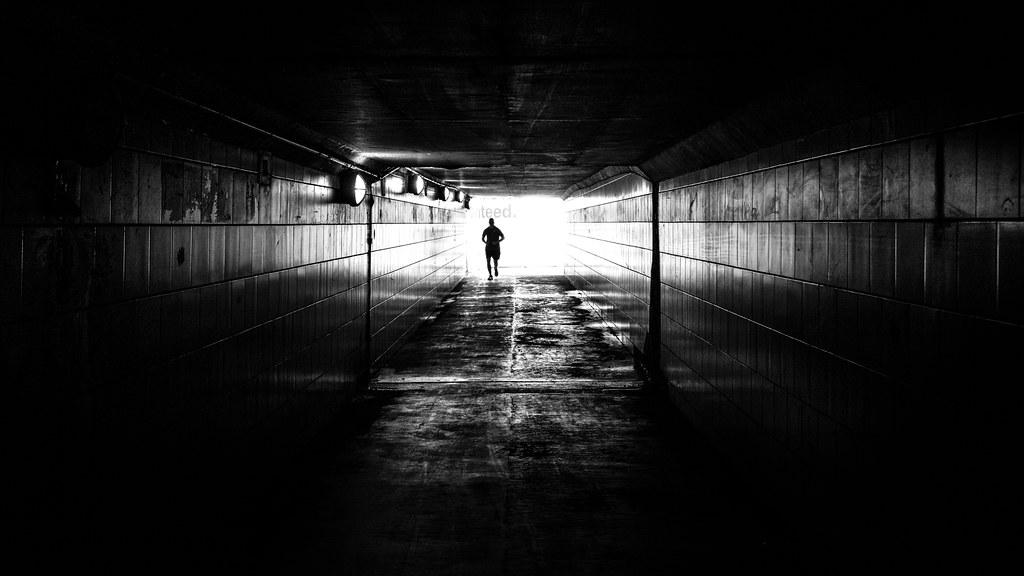 Alone Boy Girl Wallpaper The Runner Chicago United States Black And White Stre
