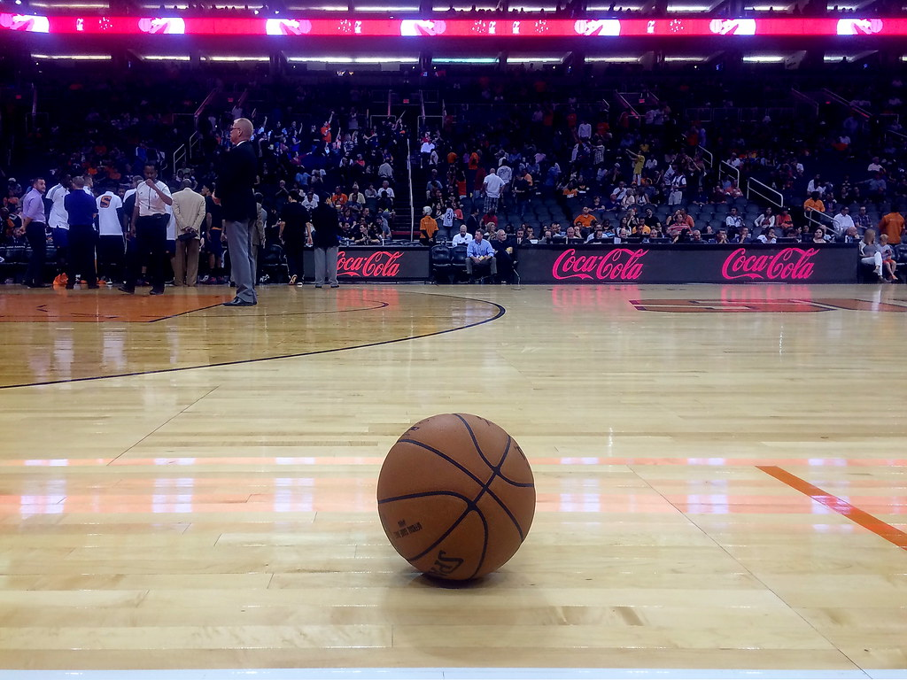 My Iphone Wallpaper Phoenix Suns Courtside Had The Courtside Seats For A