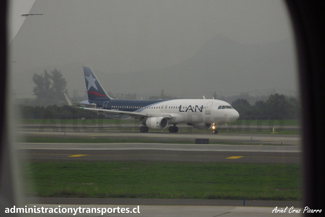 LAN Airlines   SCL - Santiago   Airbus A320 CC-BFT