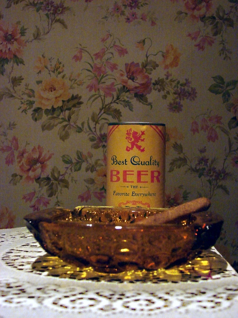 Chair S Archie Bunker's Beer, Cigar, And Ashtray | On Display With