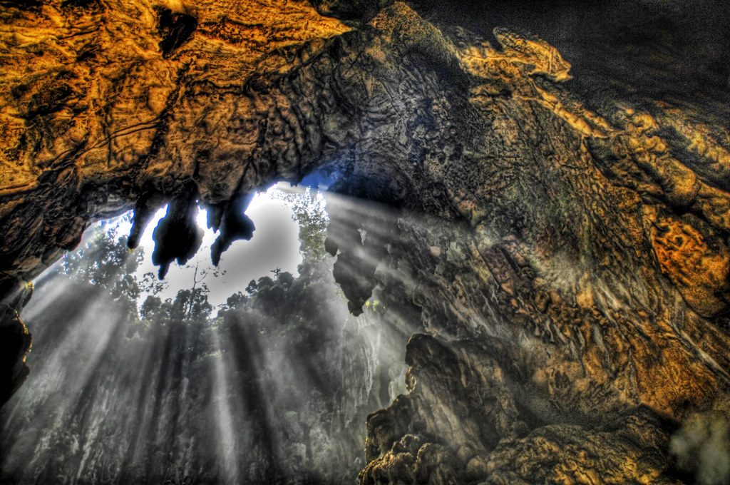 Some 3d Wallpapers Spelunking In The Batu Caves Recommended View Large On