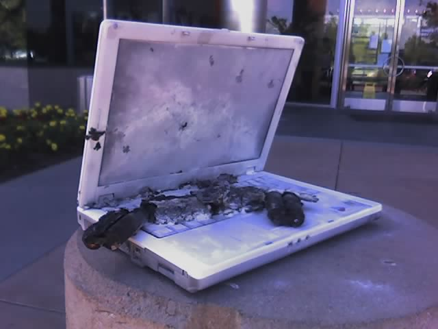 Charred laptop at Yahoo! | On the 8th floor of Yahoo's Missi… | Flickr