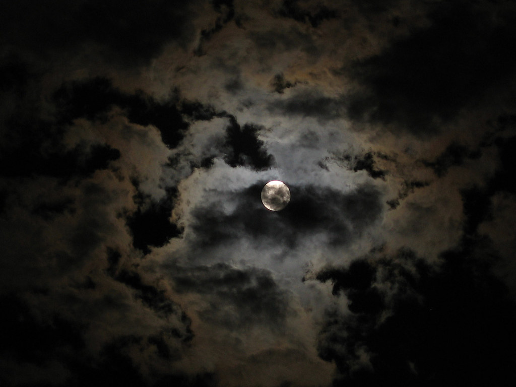3d Moon Night Wallpaper Full Moon On A Cloudy Night Take 2 Slworking2 Flickr