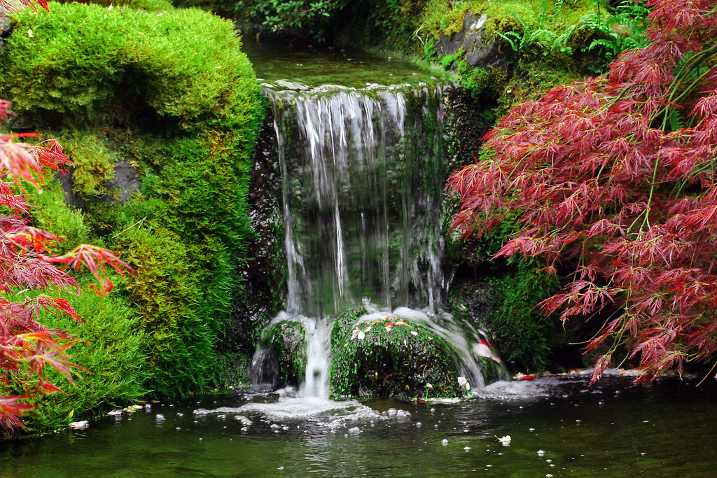 Fall Cottage Wallpaper Waterfall In Japanese Garden The Garden Had A Beautiful