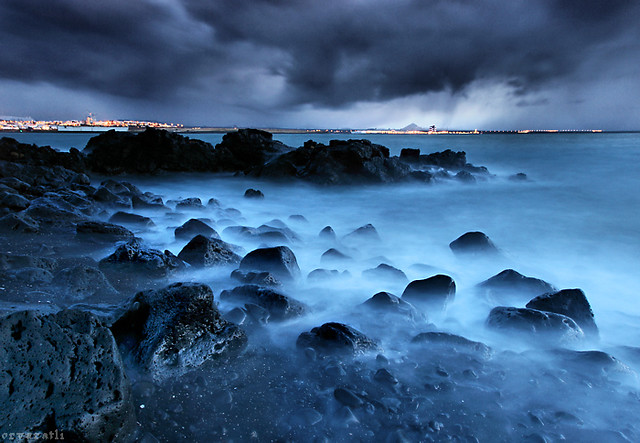 Hd Wallpapers 3d World Map Stormy Coast Yet Another From 193 Lftanes The Coast Below