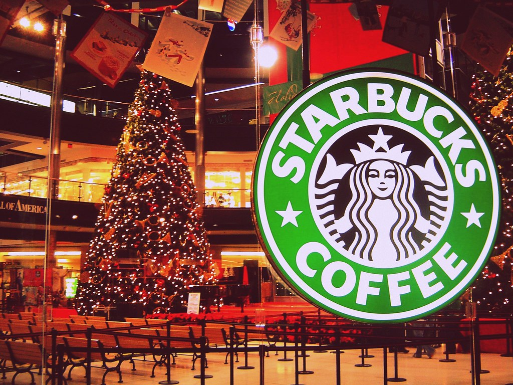 3d Hd Christmas Wallpapers Christmas At Moa Starbucks The Mall Of America Is The