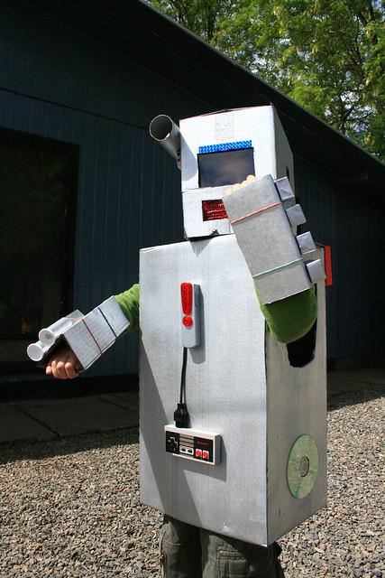como tener traje de robot en club penguin como tener un traje de robot